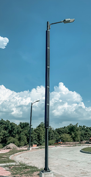 vertical solar led street light pole